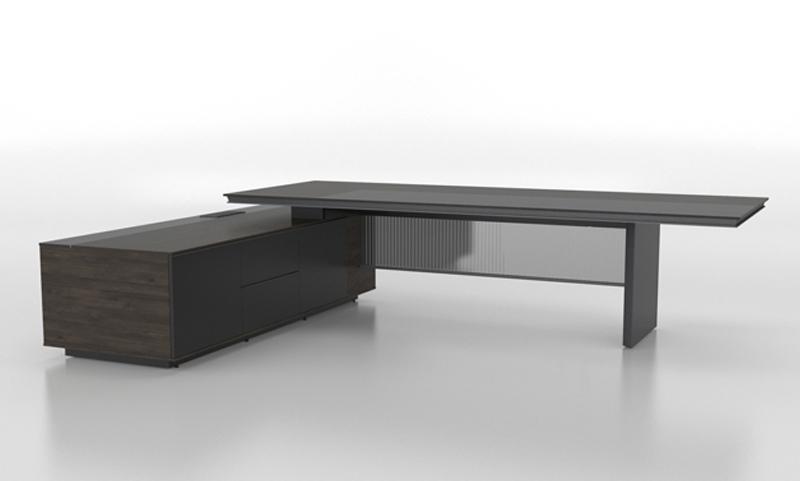 慕辰高管桌