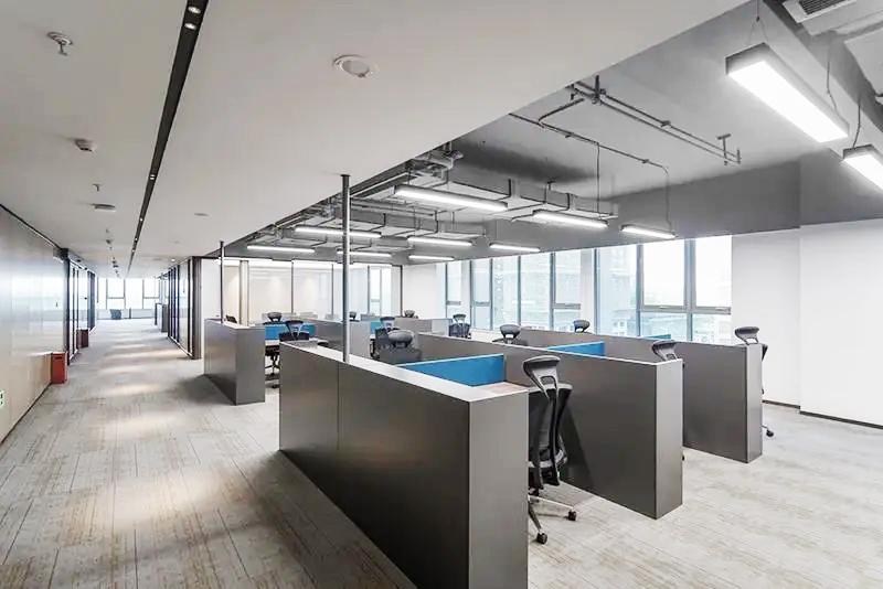 集团企业老款友博国际棋牌家具工程案例之屏风工位