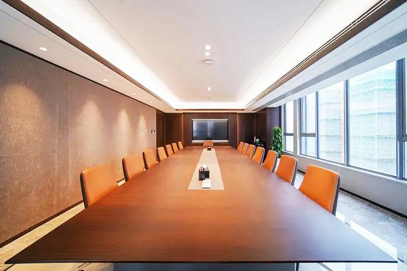 集团企业老款友博国际棋牌家具工程案例之会议空间