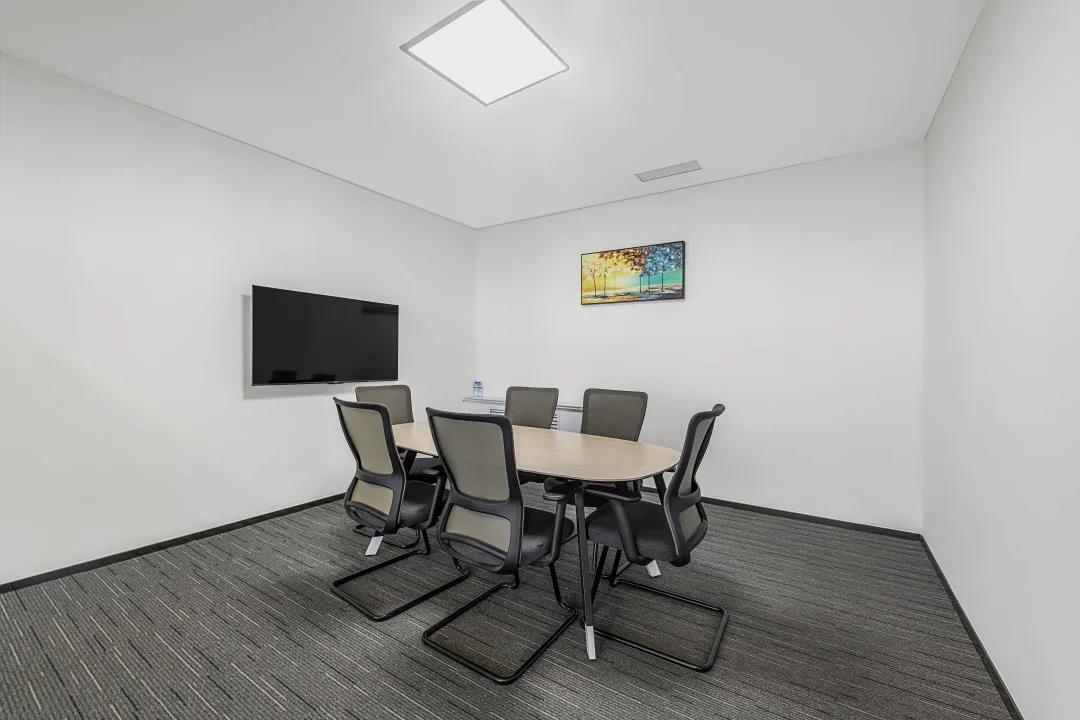 简约舒适现代老款友博国际棋牌室家具案例之小会议室